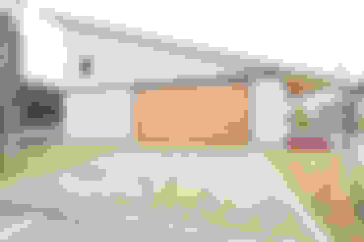 Houses by ダトリエ一級建築士事務所 LLC