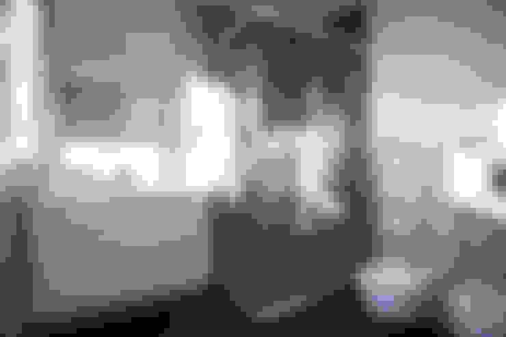 Ванные комнаты в . Автор – Grupo Inventia