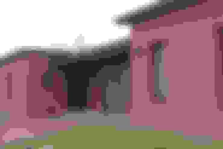 Casa en Club de Chacras La Ranita:  de estilo  por Diego Porto Arquitecto