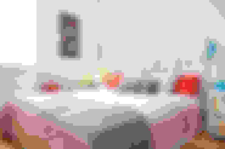 Phòng ngủ by senzanumerocivico