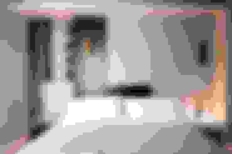Dormitorios de estilo  por studioSAL_14