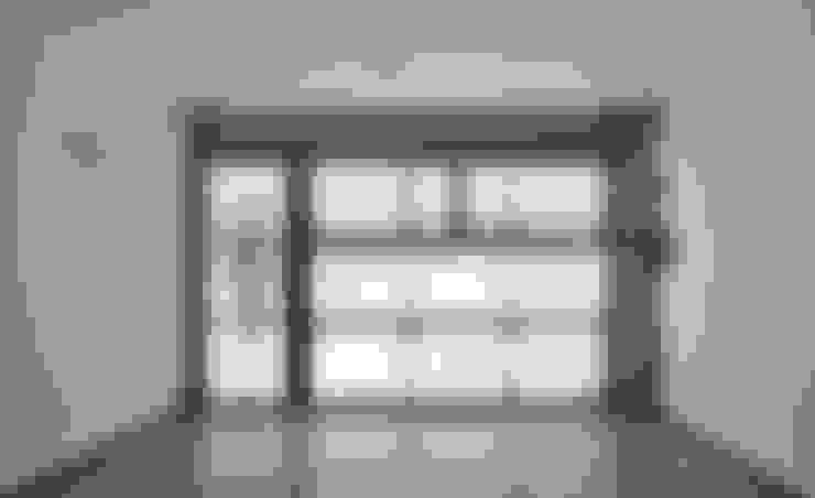 Garajes de estilo  por Vallribera Arquitectes