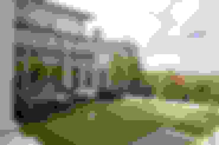 Terrazas de estilo  por Des Ewing Residential Architects