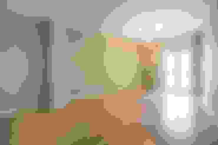 غرفة المعيشة تنفيذ MmArchi.  I  Monica Maraspin Architetto