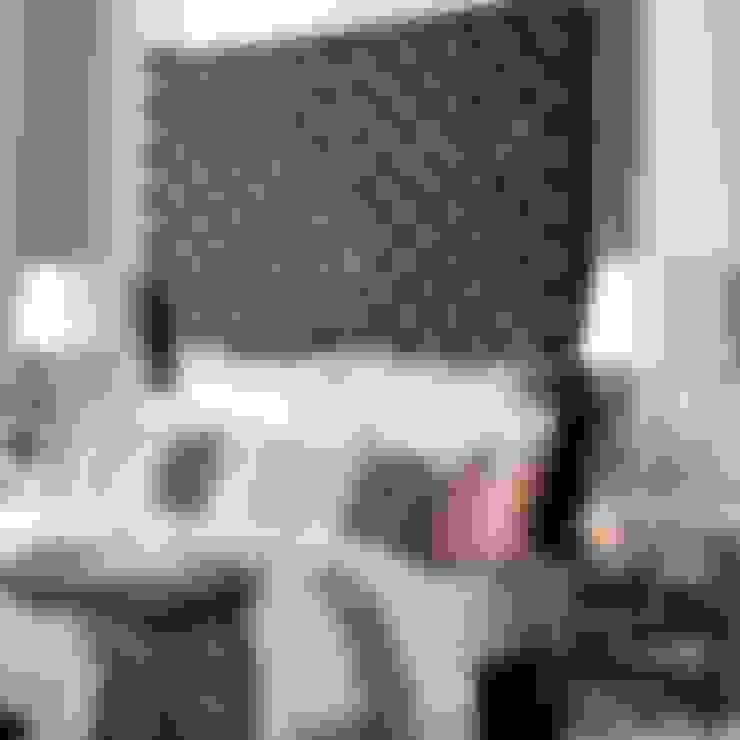 Dormitorios de estilo  por Conexo.