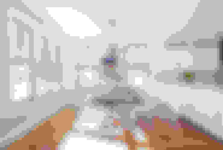 Ruang Makan by Clean Design
