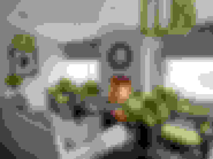 غرفة المعيشة تنفيذ Tailored Living Interiors