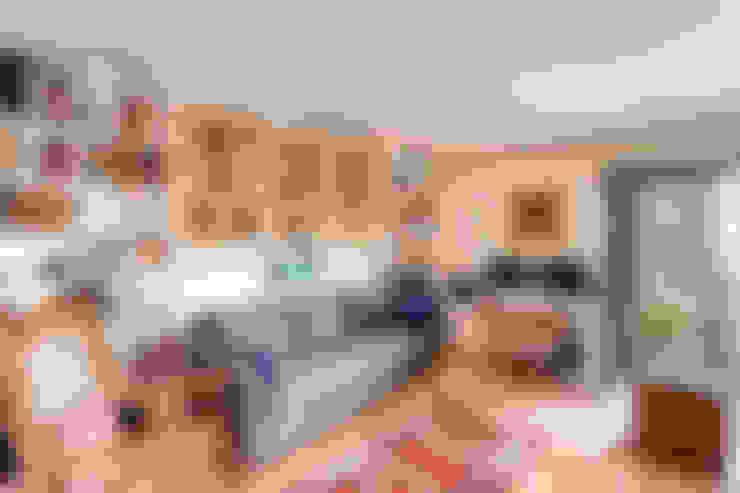 Livings de estilo  por Studio Design LLC