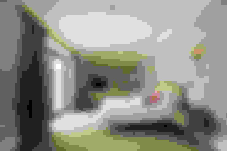 Dormitorios de estilo  por Des Ewing Residential Architects