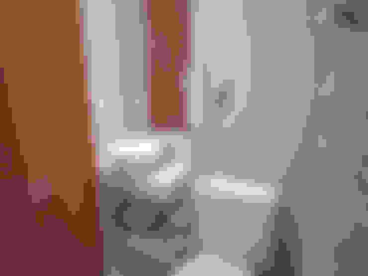 Bathroom by KC ARQUITETURA urbanismo e design