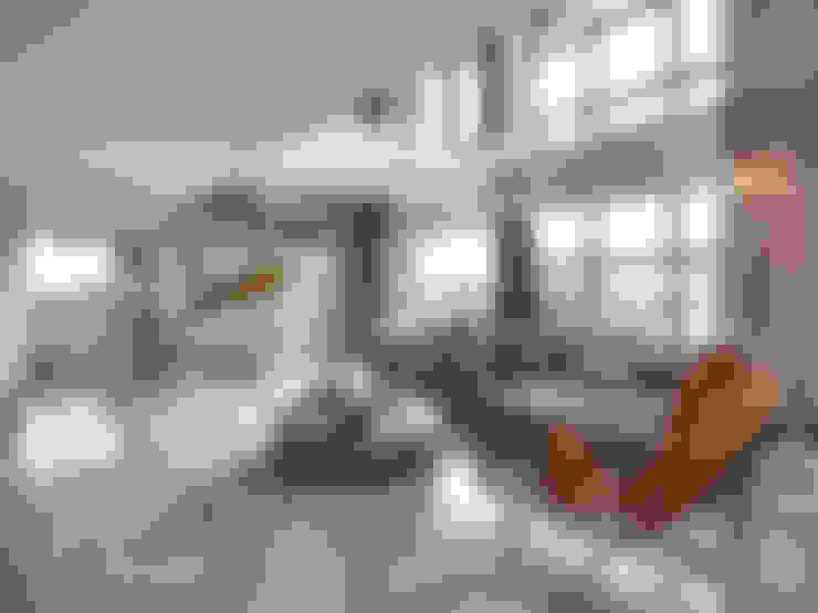 源自原本 Essence:  客廳 by 源原設計 YYDG INTERIOR DESIGN