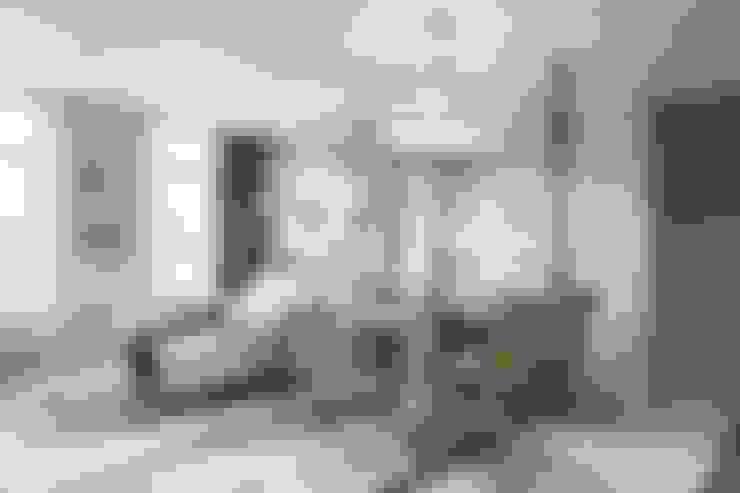 """Малогабаритная квартира. ЖК """"Авеню"""": Гостиная в . Автор – СВЕТЛАНА АГАПОВА ДИЗАЙН ИНТЕРЬЕРА"""