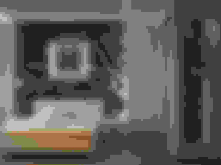 СПАЛЬНЯ: Спальни в . Автор – СТУДИЯ ДИЗАЙНА ЭЛИТНЫХ ИНТЕРЬЕРОВ АЛЕКСАНДРА ЕЛАШИНА.