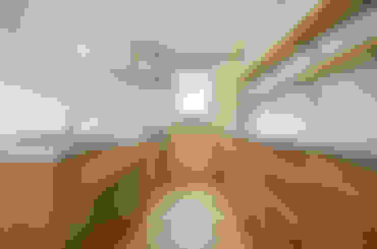 廚房 by 遠藤誠建築設計事務所(MAKOTO ENDO ARCHITECTS)