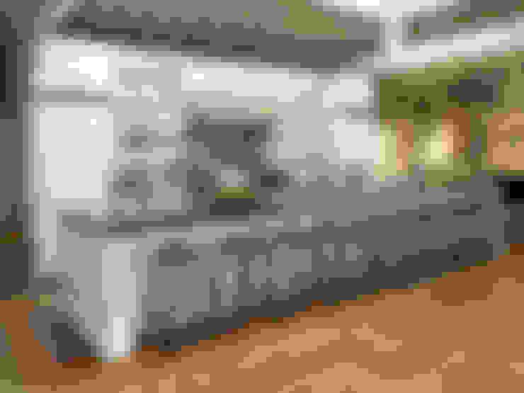Cuisine de style  par Kitchen Krafter Design/Remodel Showroom