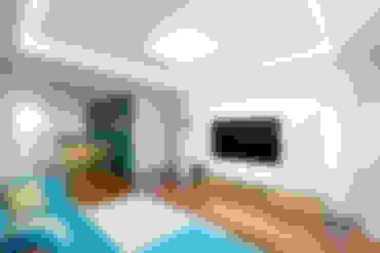 غرفة المعيشة تنفيذ 디자인투플라이