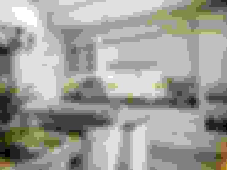 廚房 by Компания архитекторов Латышевых 'Мечты сбываются'