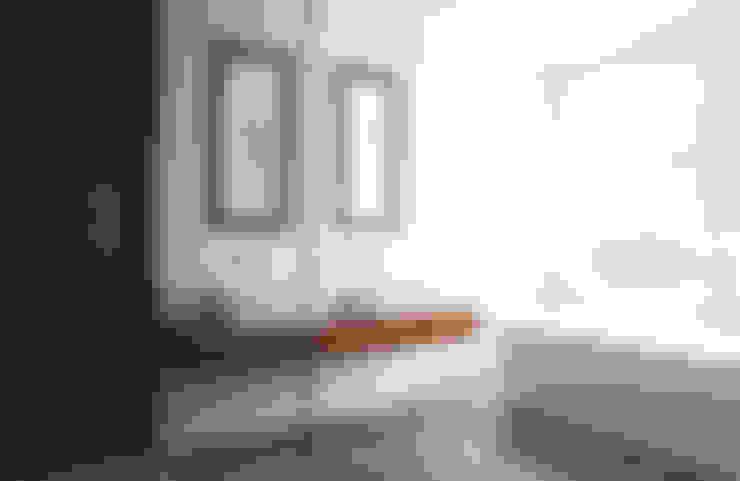 Baños de estilo  por Elemental Architecture
