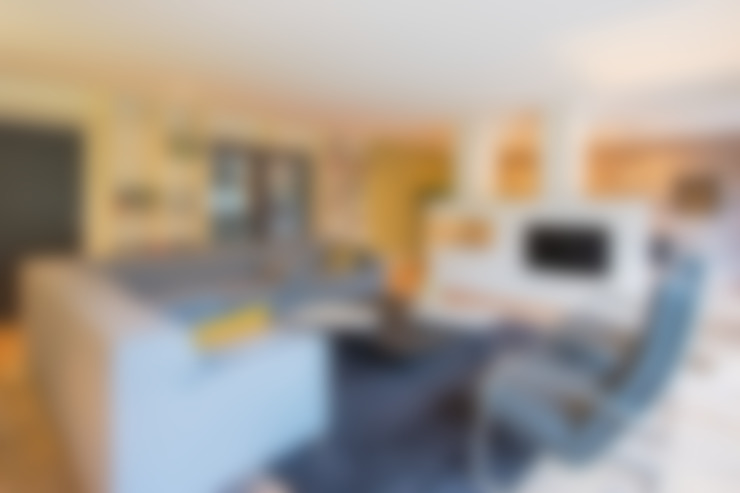 Гостиная в . Автор – HomeAccent Interieurbureau