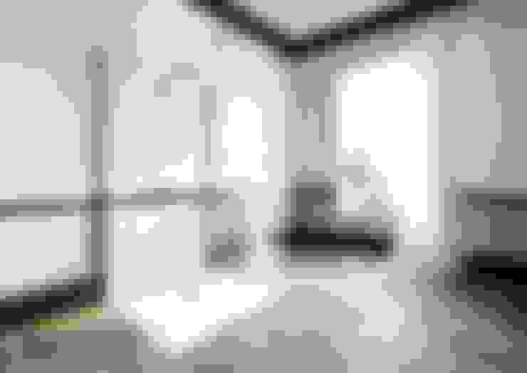 Bathroom by White Crow Studios Ltd