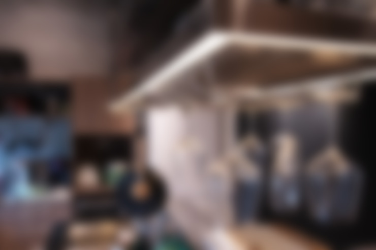 Kitchen by 珞石設計 LoqStudio