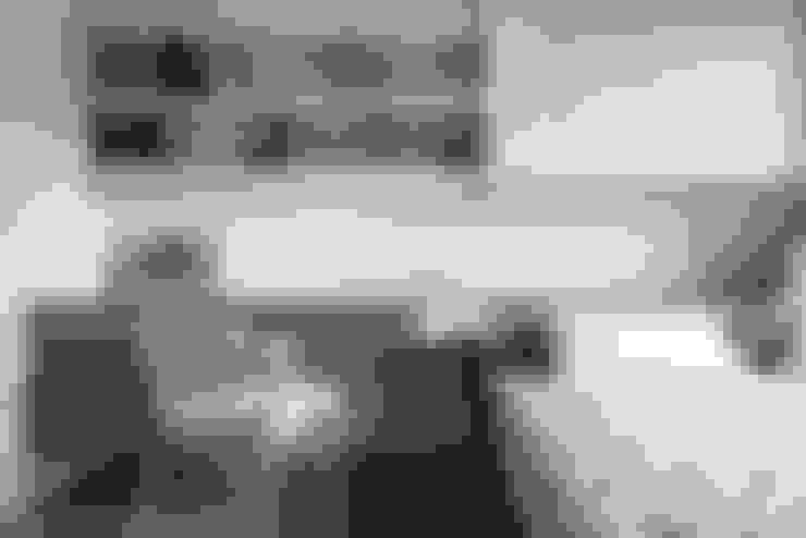 佳茂上苑:  臥室 by 思維空間設計