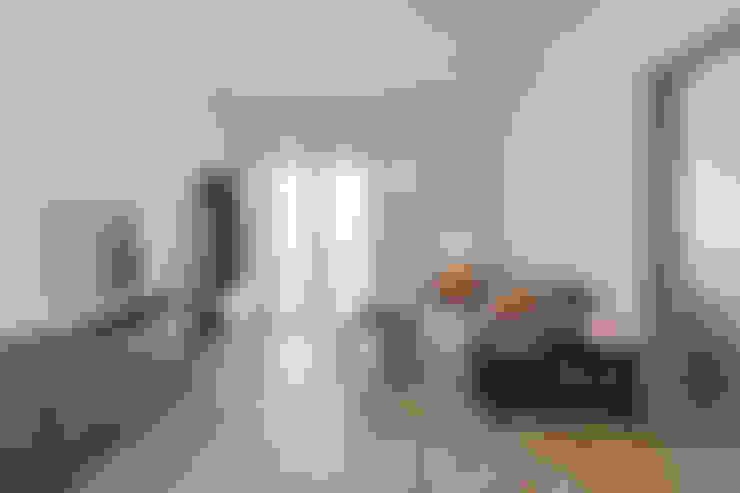 غرفة المعيشة تنفيذ Facile Ristrutturare