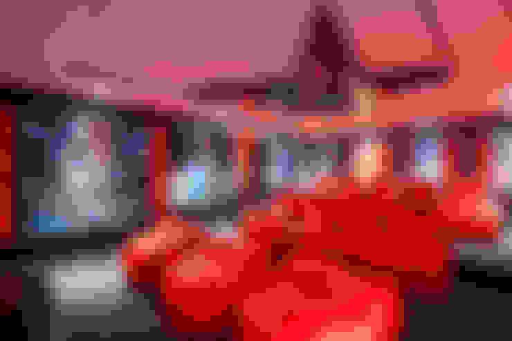 غرفة الميديا تنفيذ FRANCOIS MARAIS ARCHITECTS