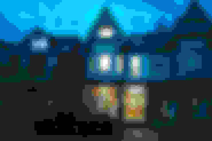Maisons de style  par Solares Architecture