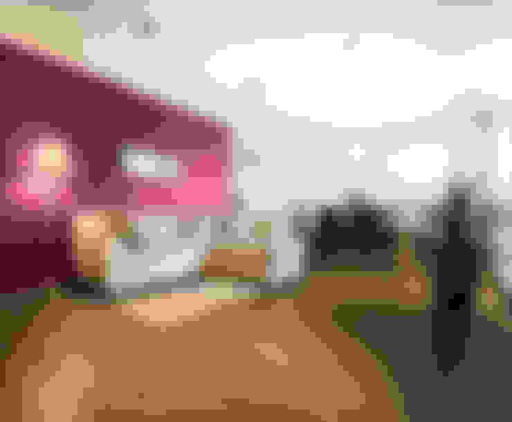 Salas / recibidores de estilo  por VIER ABINET S.A. Pisos & Decks