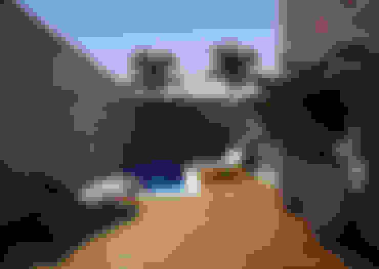 สระว่ายน้ำ by Lozí - Projeto e Obra