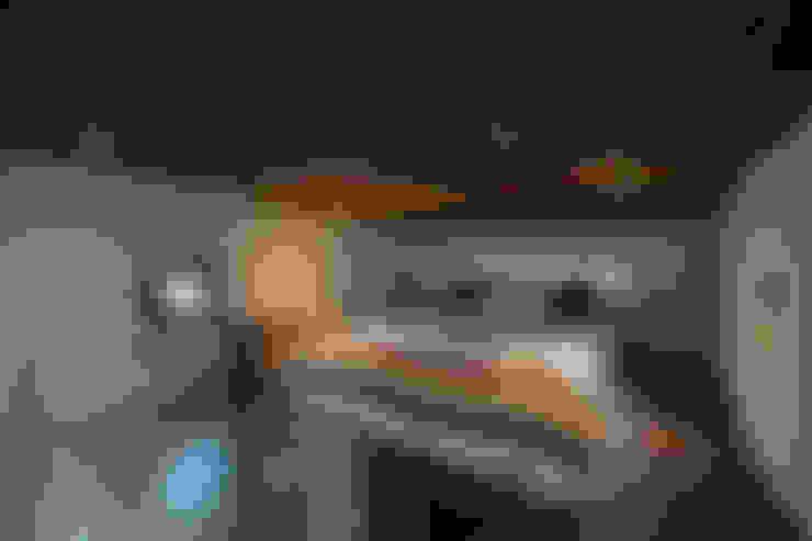 Bedroom by Greenmoxie Magazine