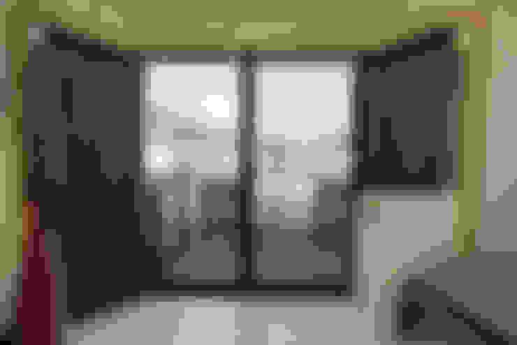劃時代-移動宅:  客廳 by 築地岩移動宅