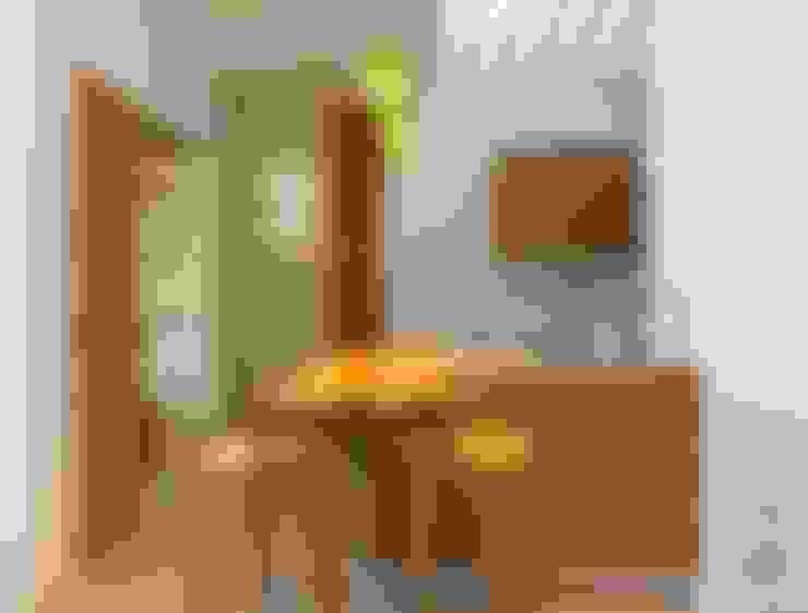 私人圖書館:  廚房 by 禾光室內裝修設計 ─ Her Guang Design