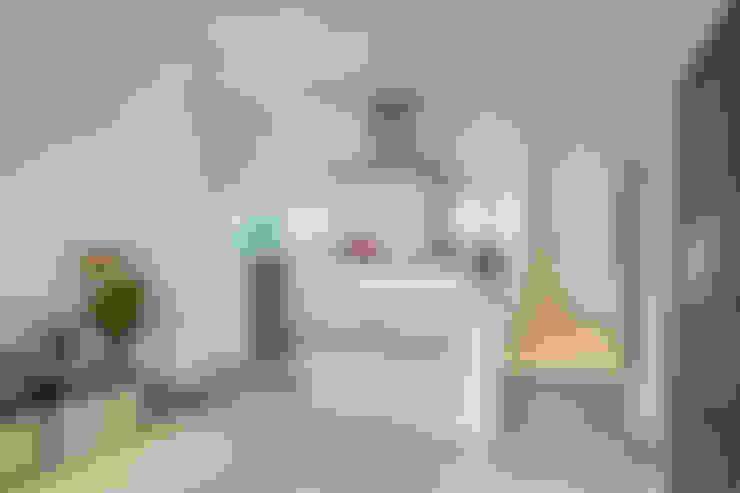 Salas / recibidores de estilo  por CENTRAL ARQUITECTURA