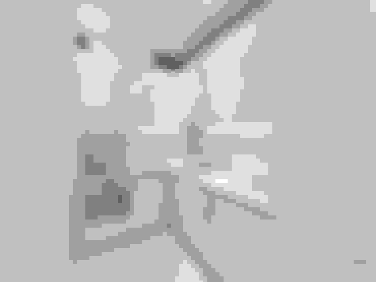 Kitchen by Студия интерьера Дениса Серова