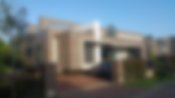 Rumah by Camilo Pulido Arquitectos