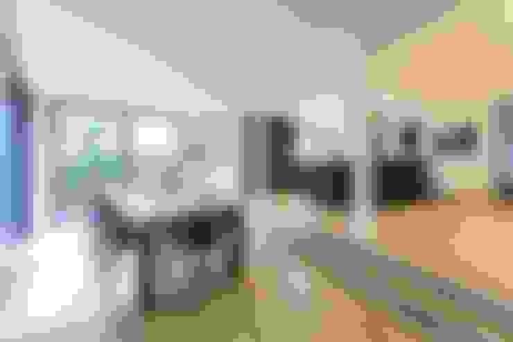 Ruang Makan by Architekturbüro Prell und Partner mbB Architekten und Stadtplaner