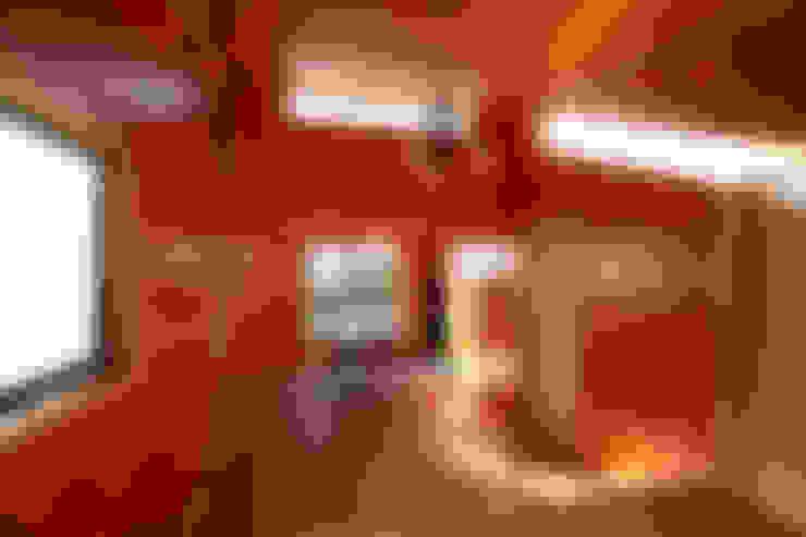 Interior de la vivienda: Comedores de estilo  por Arq2g