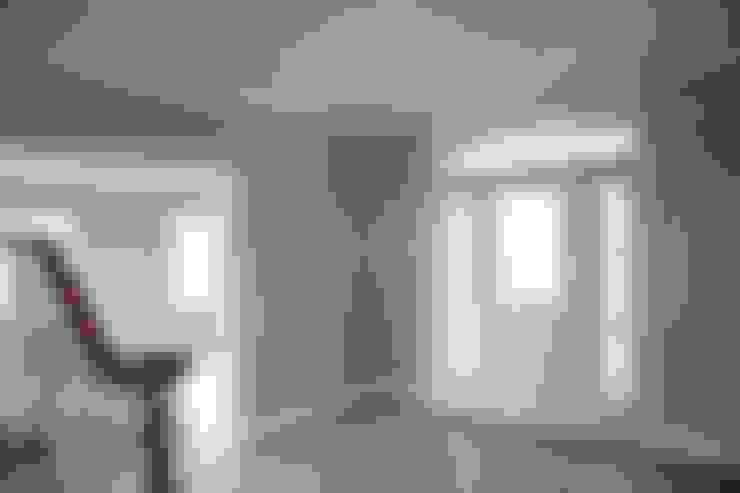 الممر والمدخل تنفيذ Aykuthall Architectural Interiors