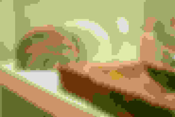 Decoracion Baño social: Baños de estilo  por Cristina Cortés Diseño y Decoración