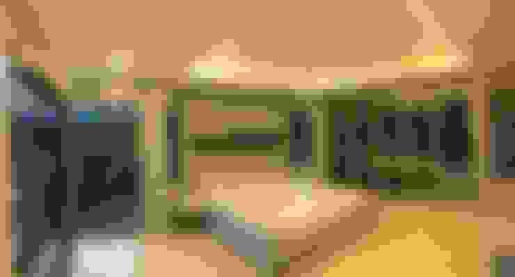 Dormitorios de estilo  de สายรุ้งรีโนเวท