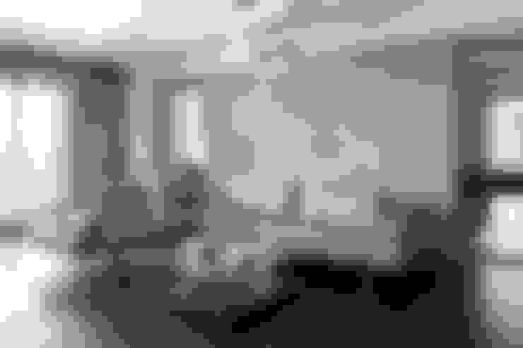 """興富發建設""""國家盛宴""""-住宅案:  客廳 by 光島室內設計"""