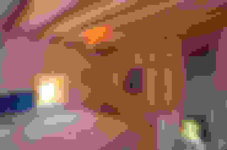 臥室 by Ebru Erol Mimarlık Atölyesi