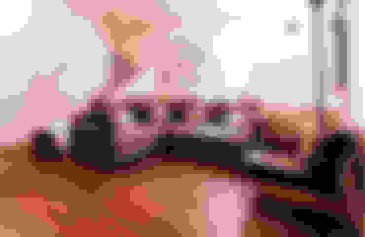 Extension & House Renovation SW18 - London:  Living room by Diamond Constructions Ltd
