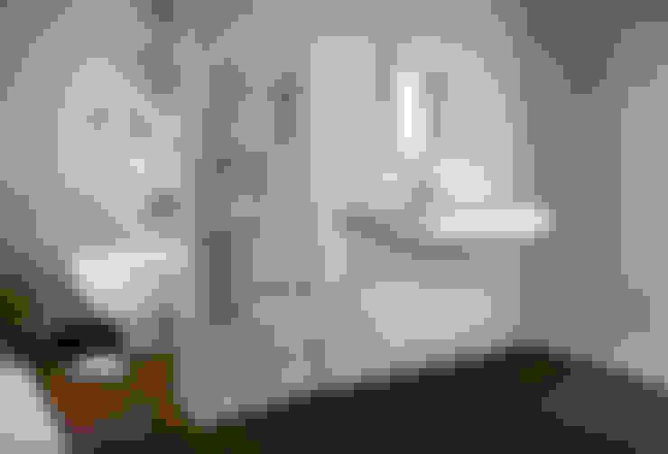 Badezimmer von FRISONE SRL