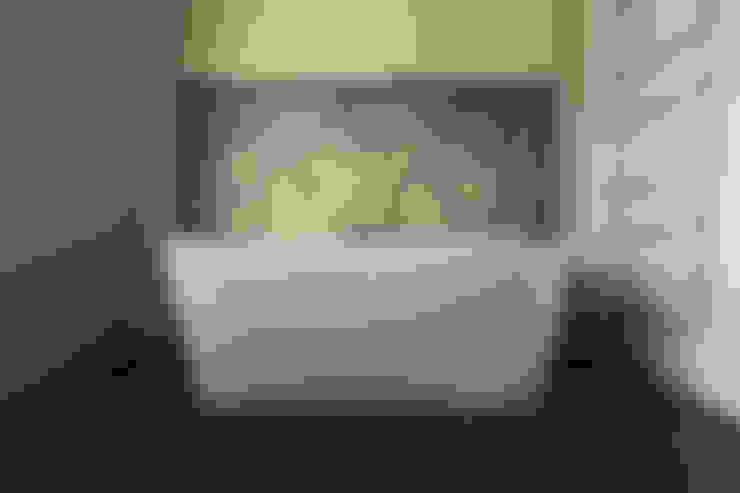 Bathroom by brandt+simon architekten