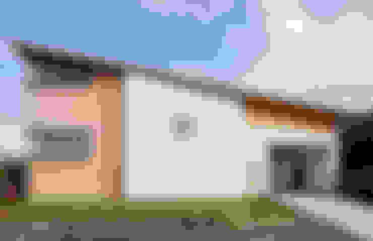 Houses by ろく設計室