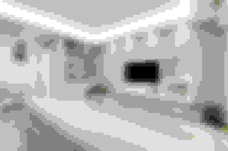 Salas / recibidores de estilo  por EF_Archidesign