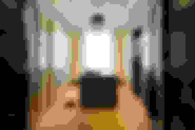 Dressing room by innen_architekten BALS + WIRTH